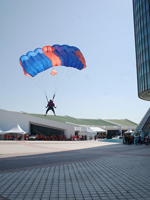 BASE Jumper at Menara Tun Mustapha